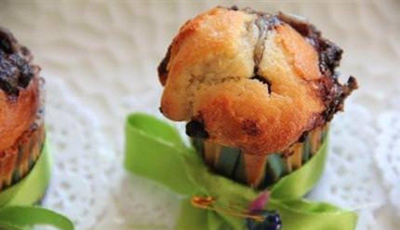 Antep fıstık krema dolgulu muffinler