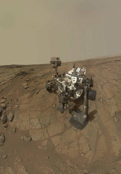 Curiosity ilk kez kaya deldi