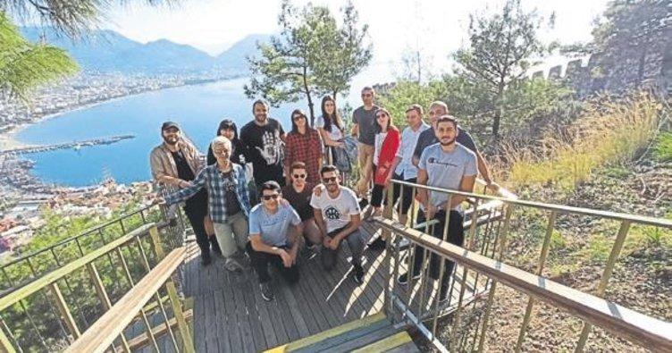 Avrupalı öğrenciler Alanya'ya geldi