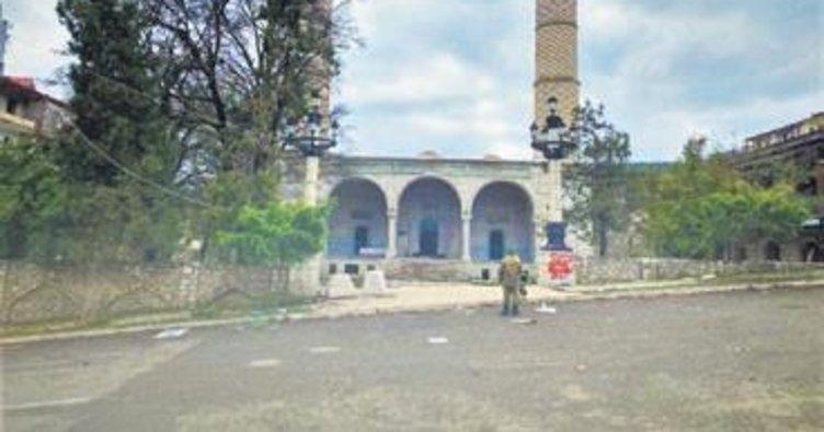 Şuşa'da 28 yıl sonra Cuma namazı
