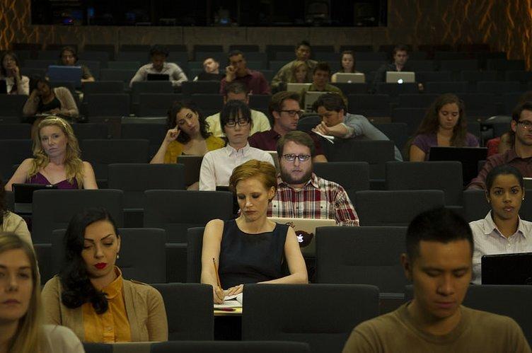 Aşkın Halleri (Yönetmen: Ned Benson) filminden kareler