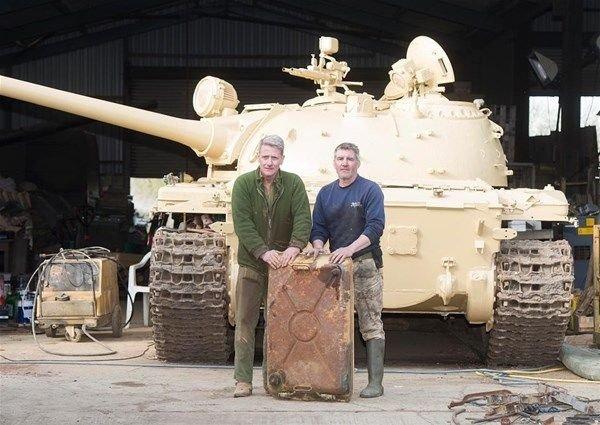 Satın aldığı tanktan servet çıktı!