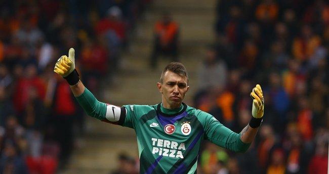 Galatasaray Fernando Muslera'yı arıyor! 12 maçta...