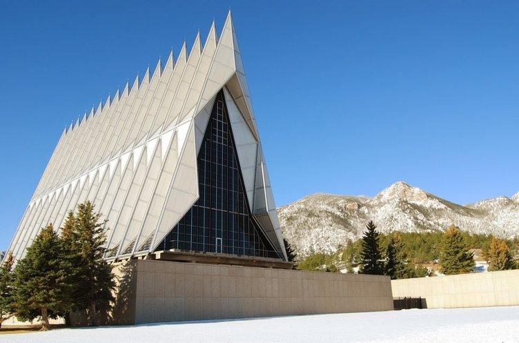 Mimarisine hayran bırakan ibadethaneler