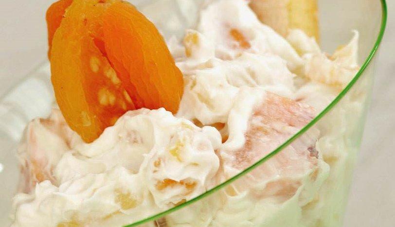 Kremalı Meyve Salatası Tarifi