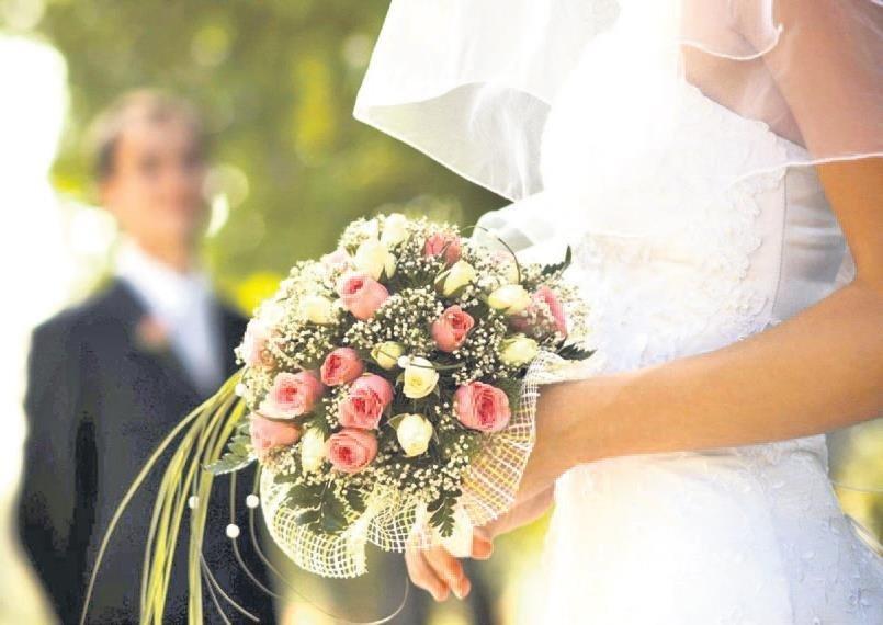 2f864d7b35906 Anne ve babasından maaş alan yetim kız çocuk evlendiğinde 24 maaş tutarında  evlilik parası alıyor. Dul memur eşi ise yeniden evlenirse 12 aylık 'çeyiz  ...
