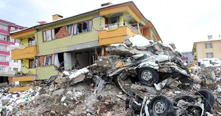 17 Ağustos Marmara Depremi 20. yılında! 17 Ağustos Gölcük Depremi kaç şiddetinde oldu ve kaç kişi öldu?