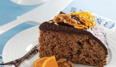 Portakallı, cevizli ve çikolatalı kek tarifi