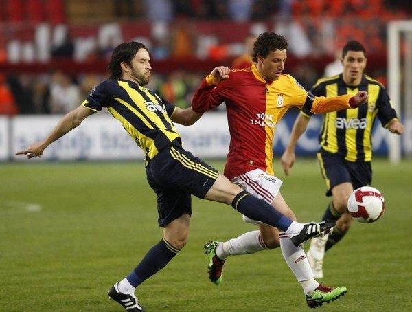 Galatasaray'da çember daralıyor