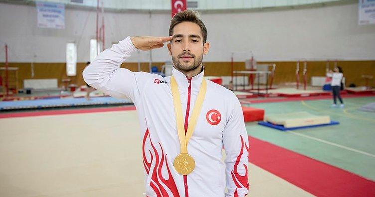 Milli cimnastikçi İbrahim Çolak, annesiyle çalışıyor