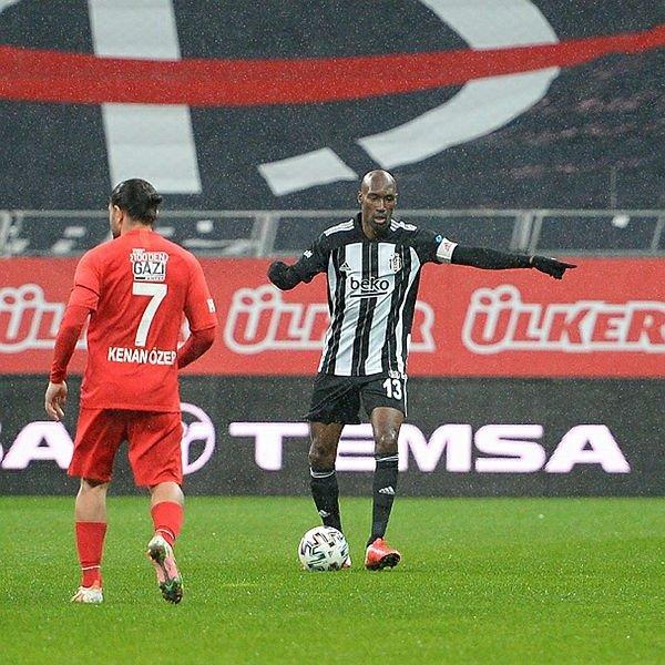 Usta yazardan yıldız isme övgü! Beşiktaş için büyük şans