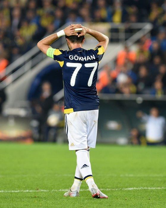 Galatasaray'da Gökhan Gönül sürprizi