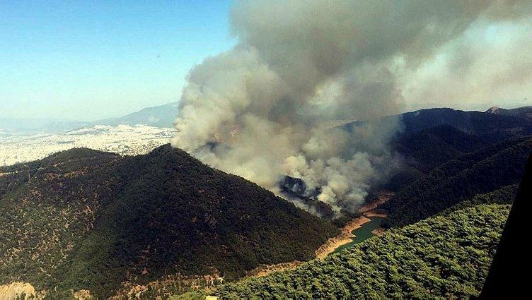 Son dakika: 4 ilde orman yangını! Haberler peş peşe geldi! Ekipler havadan ve karadan müdahale ediyor...