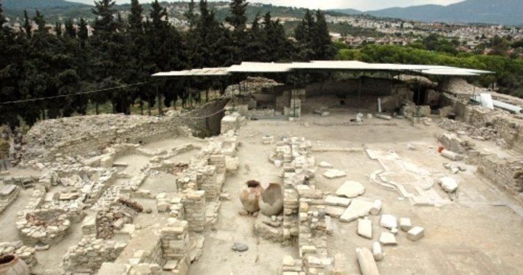 Hadi ipucu 28 Haziran sorusu cevabı: Kuşadası'nda bulunan Anaia antik kentin adı nedir? HADİ bugün 12.30'da!