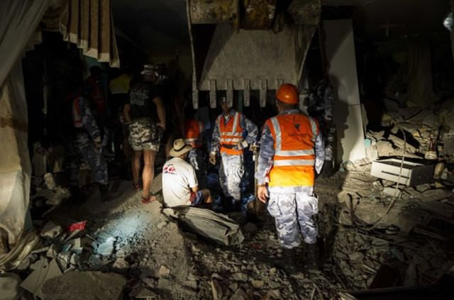 Ekvador'da depremde hayatını kaybedenlerin sayısı 413'e çıktı