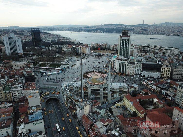Taksim Camii minaresinin külah bölümü yerleştirildi