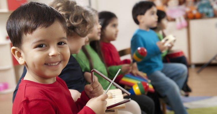 Çocukların beyinleri müzik eğitimi ile daha hızlı gelişiyor!