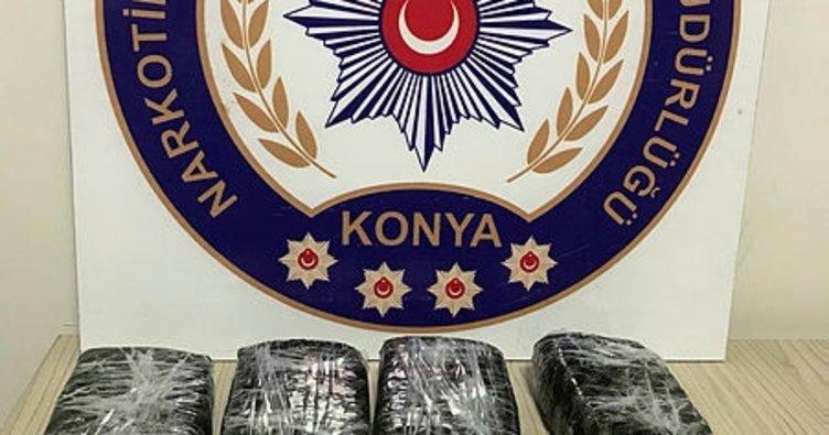 Konya'da otomobilde 4,5 kilo eroin ele geçti