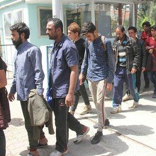 Bakan Soylu: 41 bin 192 kaçak Afgan göçmenden 20 bin 558'i geri gönderildi