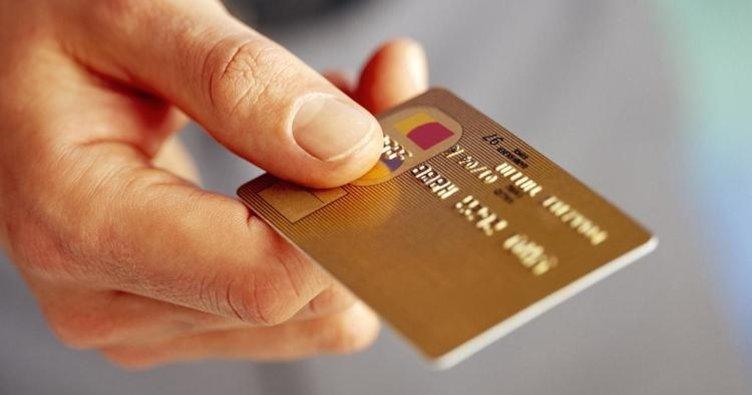 Kredi kartları faiz oranlarında değişiklik