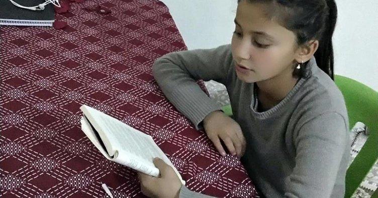'Kitap okumak sizden, Hediyeniz bizden' projesi