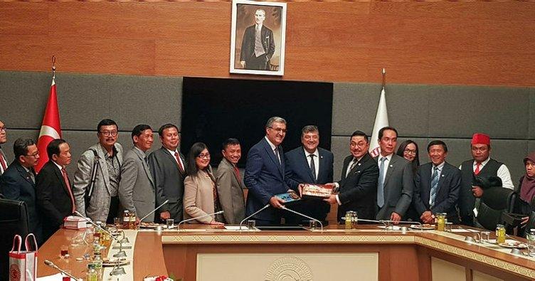 Başkan Konuk, Endonezyalı heyeti ağırladı