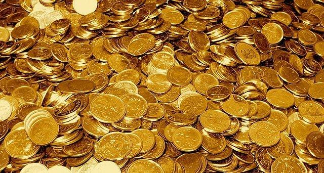 Dalışta binlerce altın buldular!