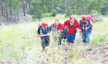 Kanyonda mahsur kalan baba ile oğlu kurtarıldı