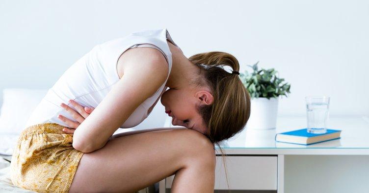 Adet ağrısı nasıl geçer, ne geçirir? Adet Regl ağrısına ne iyi gelir? Evde bitkisel ve doğal tedavi yöntemleri