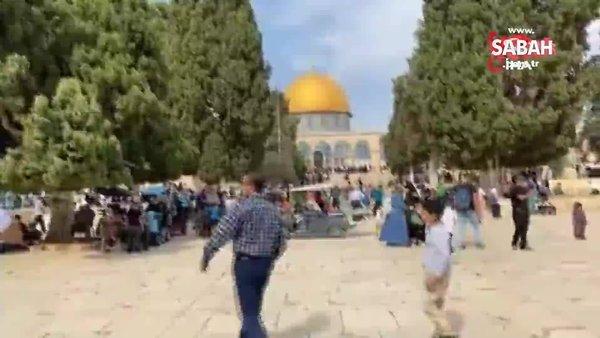Binlerce Filistinli, Peygamberimizin doğum yıl dönümü münasebetiyle Mescidi Aksa'ya akın etti   Video