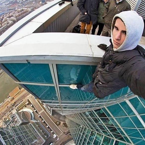 Canları pahasına selfie çekenler