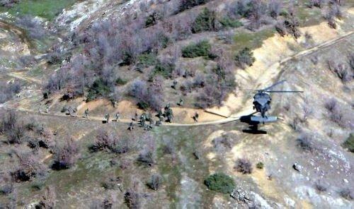 10 teröristin öldürüldüğü operasyon kamerada