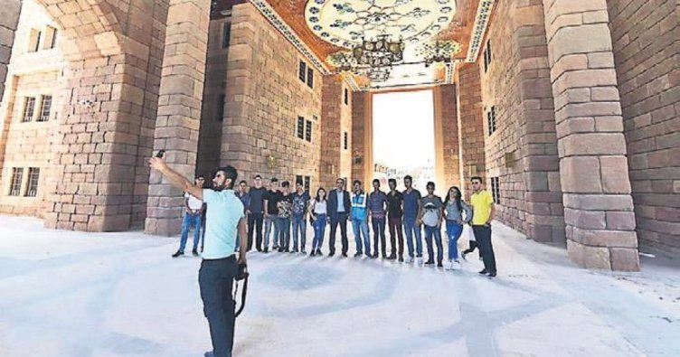 Beytüşşebaplı öğrenciler Ankara'yı doyasıya gezdi