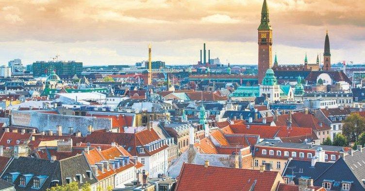 Medya sektörü, aşk üçgeni ve Kopenhag