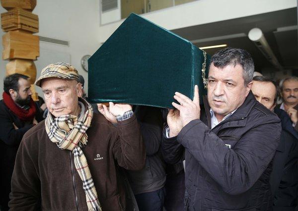 Aydın Boysan 97 yaşında hayatını kaybetti (Son yolculuğuna uğurlandı)