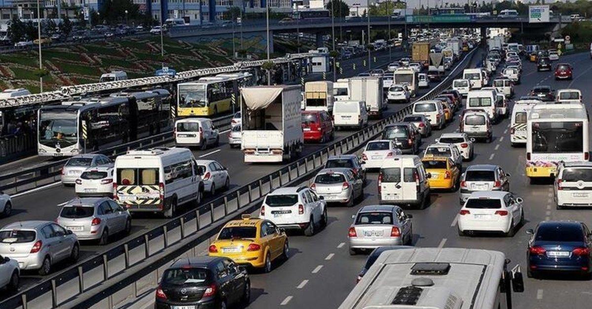 Özel araçla şehirler arası yolculuk serbest mi ,kimleri kapsıyor? Seyahat izin belgesi nasıl alınır?