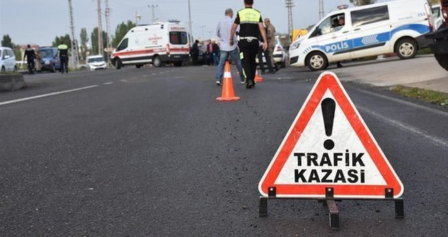 Osmaniye'de trafik kazası: 3 ölü, 2 yaralı