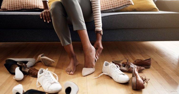 Ayak bileği kalın olan kadınlar nasıl ayakkabı giymeli?