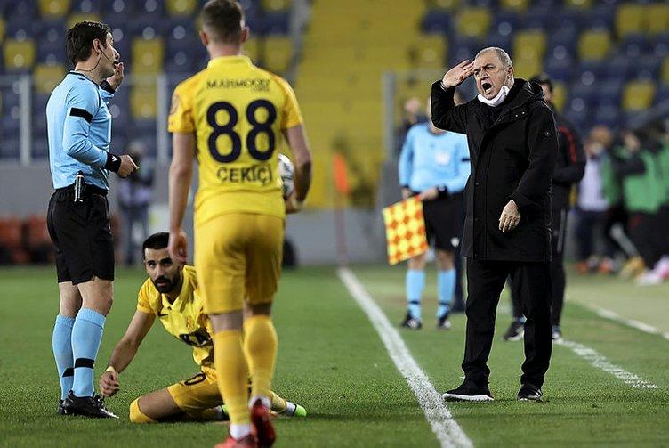Son dakika... Usta yazarlardan Ankaragücü-G.Saray maçı değerlendirmesi! Penaltı ve kırmızı kart...