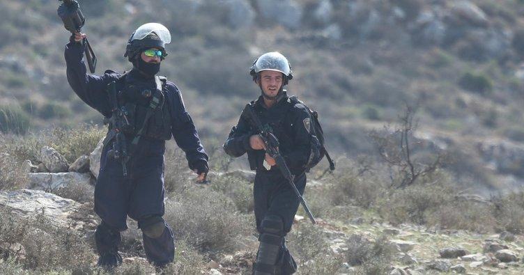 İşgalci İsrail Gazze sınırında 25 Filistinliyi yaraladı