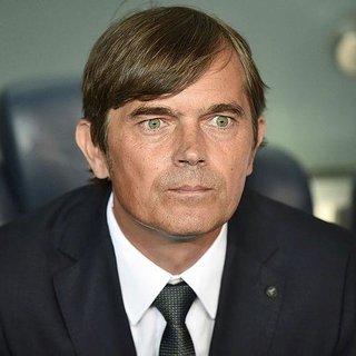 Fenerbahçe'de yeni teknik direktöre Cocu engeli