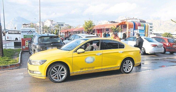 Antalya'da taksiler denetlendi