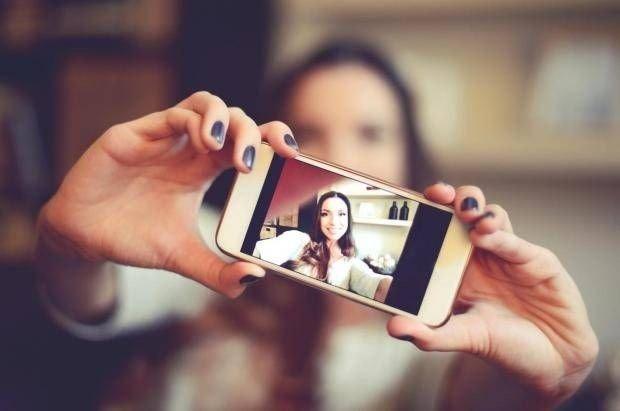 Sosyal medya fenomeni olmak isterken binlerce dolar borca girdi!