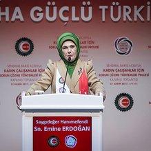 Emine Erdoğan Hak-İş üyesi kadınlarla buluştu