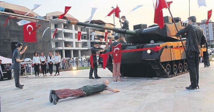 Denizli'deki tank anıt törenle açıldı