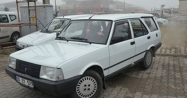 Garajdan çıkmayan otomobil yıllar sonra satılıyor
