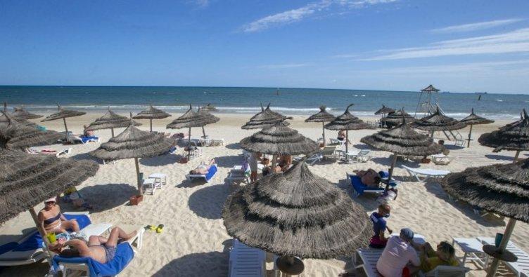 Gündüz tatil cenneti akşam hayalet şehir: Tunus'un turizm merkezi Suse!