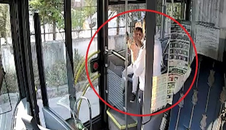 Otobüste unutulan çocuk ailesine teslim edildi