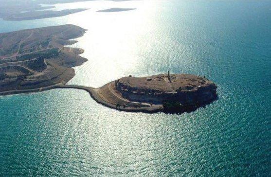 Sınır dışındaki tek Türk toprağı:  Caber Kalesi