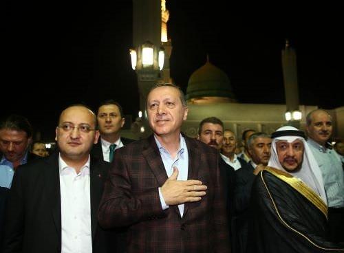 Cumhurbaşkanı Erdoğan Mescid-i Nebevi'yi ziyaret etti